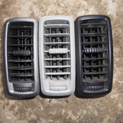 Решетки панели воздухообдувы Renault Trafic Opel Vivaro