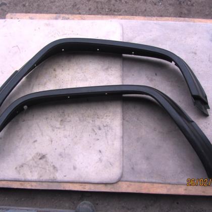 Накладки (расширители) передних арок крыл Mercedes Vario