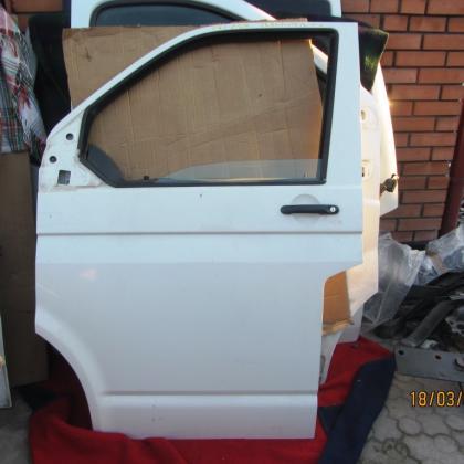 Двери передние Volkswagen T5 Transporter