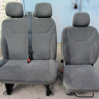Сиденья передние Renaultn Trafic Opel Vivaro ПРОДАНО