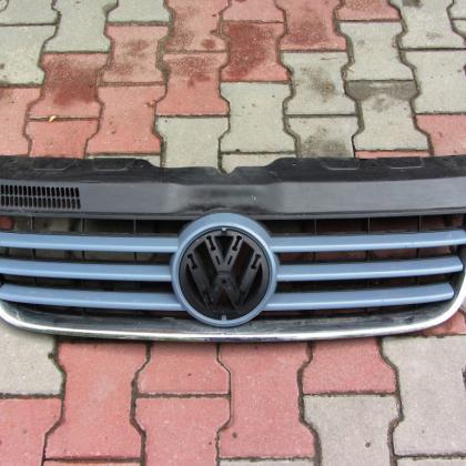 Решетка радиатора передняя VW T5 Multivan 7H5 807 101\8