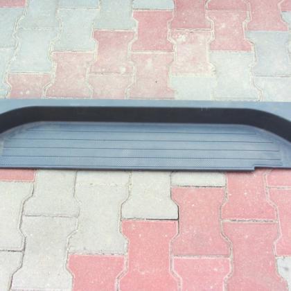 Подножка выдвижной дверки mercedes vito 639