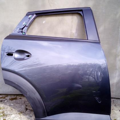 Двери правые зад Mazda CX3 D10e72010