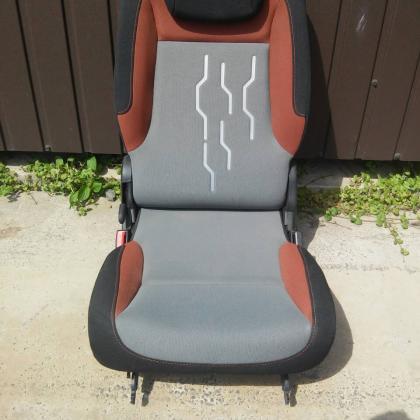 Сиденье одиночка Peugeot Partner