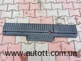 Пластиковая накладка задних сидений Renault Kango 8 200 538 322
